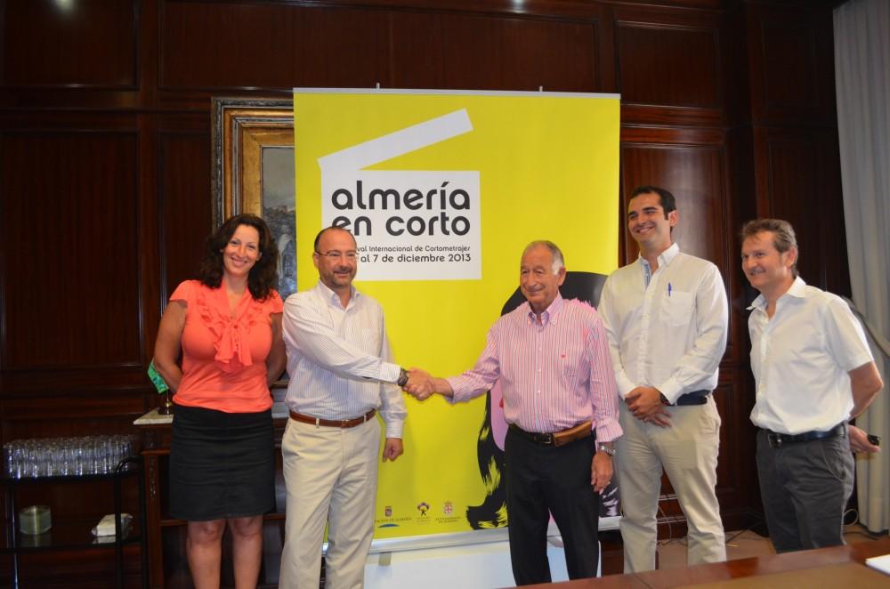 Convenio con el Ayuntamiento de Almería